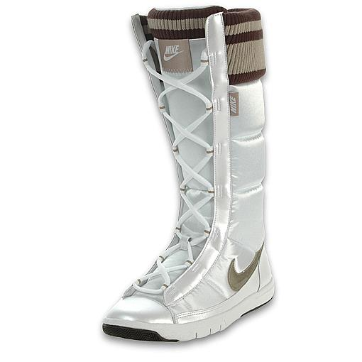 Nike Women's Winter Hi 2 Boot at Finisline