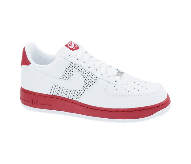 ... Nike Air Force 1 07 is! This sneaker is the most popular sneaker right  now in NYC. You can not go too far in the streets of NYC without seeing  these ...