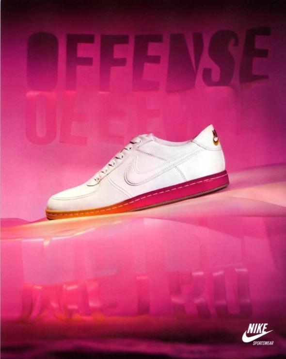 Nike Sportswear Womens 2009 Metro Pack Offense
