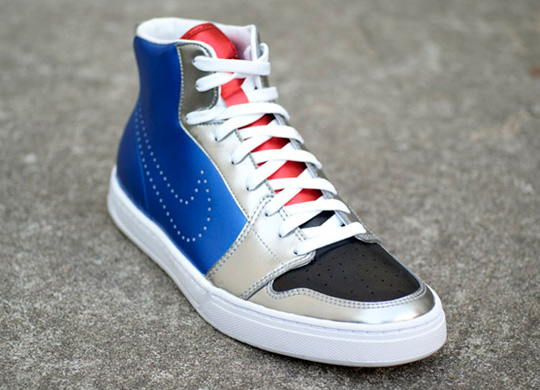 Nike Royal Mid Metalic Royal Blue 3quarter view