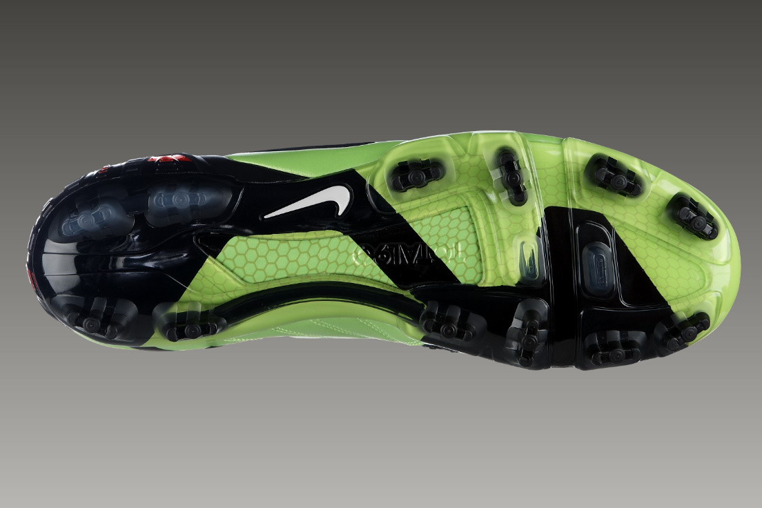 the gallery for gt nike soccer cleat advertisement